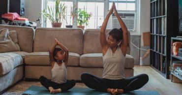 beneficio del yoga en los niños