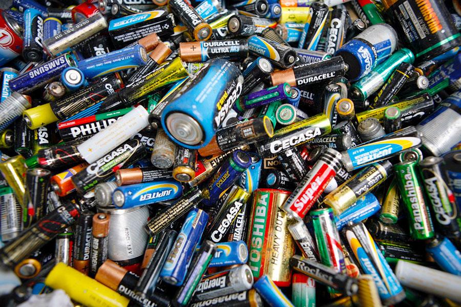 cuanto tardan en degradarse las pilas
